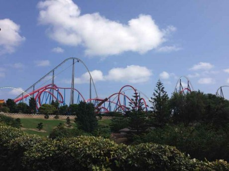 Football_summer_course_excursion_to_Port_Aventura_theme_park
