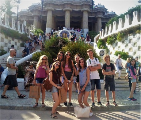 Spanish_course_with_homestay_for-teens_in_Barcelona_Spain