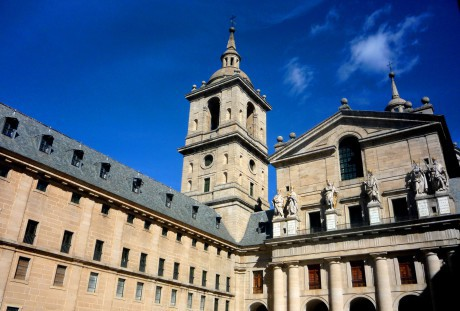 day-trip-to-the-palace-and-monastery-of-El-Escorial-school-trips-to-Madrid