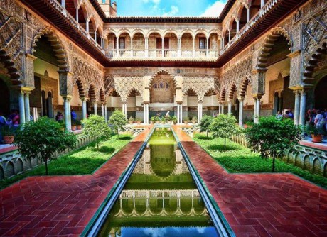 school-tour-to-andalucia-visit-of-la-alhambra-palace