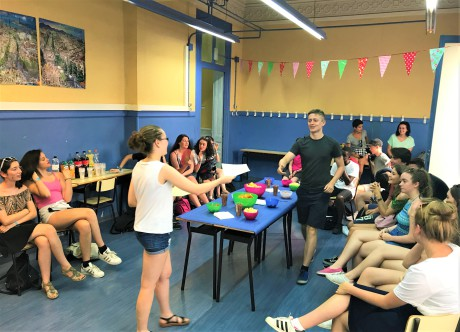Barcelona-school-trip-with-Spanish-lessons-delivery-of-certificates