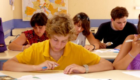 enrol-your-child-in-a-Spanish-school