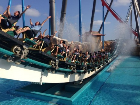 summer_camp_international_residence_in_Barcelona_Spain_excursion_to_port_aventura_theme_park