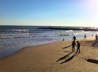 school-trip-to-barcelona-beach-at-sitges