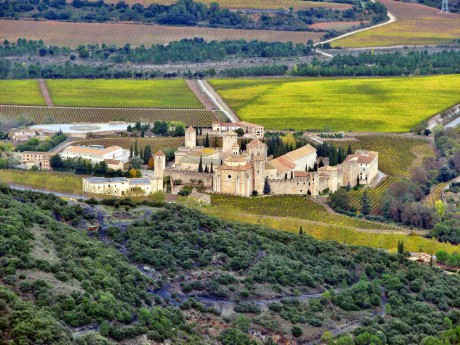 spanish-language-school-trip-to-spain-visit-of-the-monastery-of-poblet